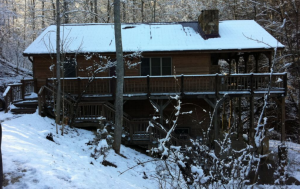 holiday-in-kentucky-at-cabins-of-birch-hollow